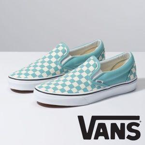 EUC! Vans Classic Slip-On aqua/white checkered